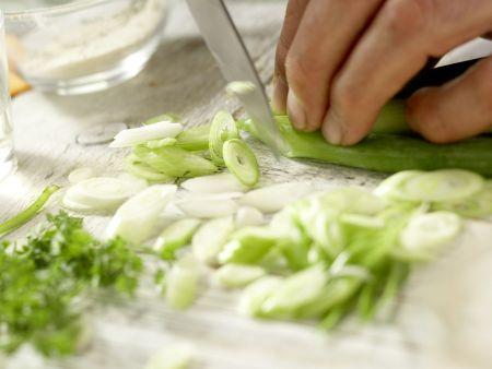 Gekräuterte Hähnchenschnitzel: Zubereitungsschritt 6