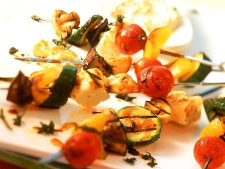 Gemüse-Feta-Grillspieße