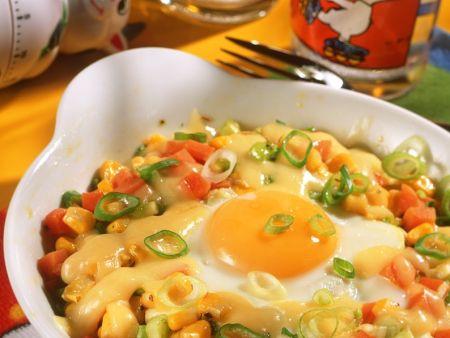 Gemüse mit Ei im Ofen gebacken