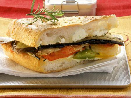 Gemüse-Sandwich mit Frischkäse