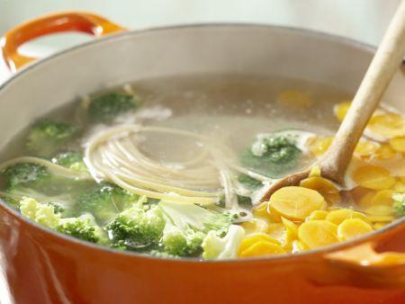 Gemüse-Spaghetti: Zubereitungsschritt 6