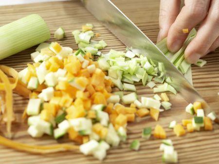Gemüsenudeln: Zubereitungsschritt 1