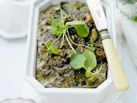 Gemüsepastete mit Nüssen und Preiselbeerjoghurt