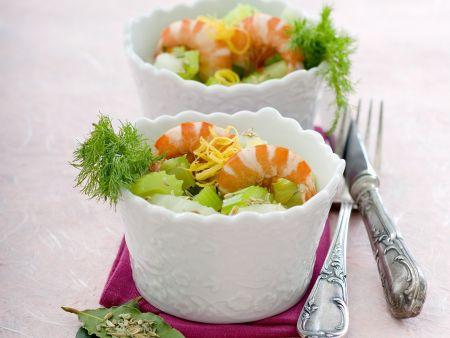 Gemüsesalat mit Shrimps und Fenchel