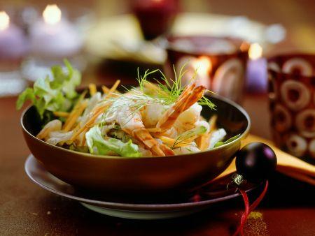 Gemüseslat mit Garnelen