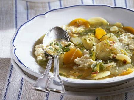 Gemüsesuppe mit Eierstich
