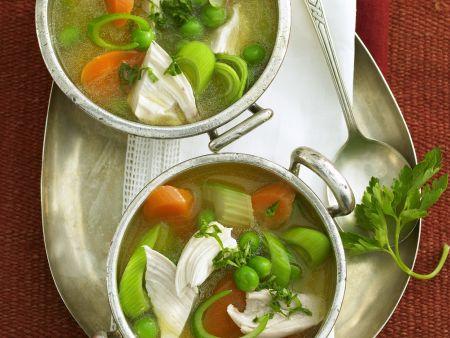 Gemüsesuppe mit Geflügel