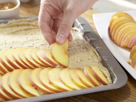 Glasierter Pfirsichkuchen: Zubereitungsschritt 5