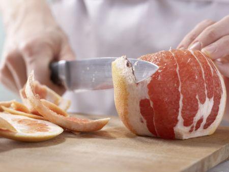 Grapefruit-Orangen-Salat: Zubereitungsschritt 1