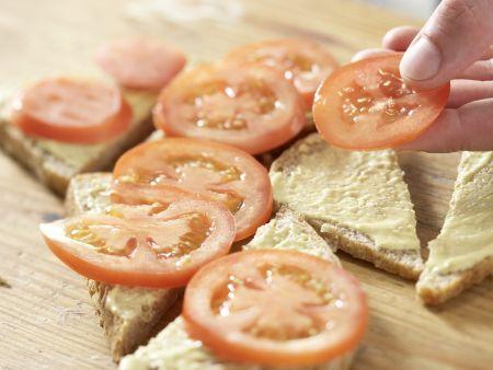 Gratinierte Bratwurstbrote: Zubereitungsschritt 6