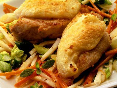 Gratinierte Hähnchenbrust auf Gemüse