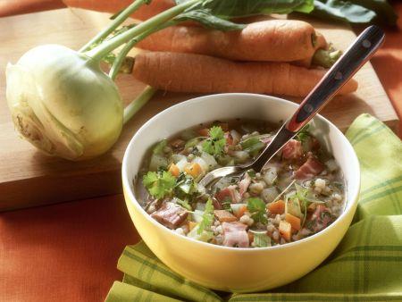 Graupen-Gemüse-Suppe mit Bauchspeck