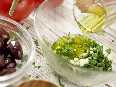 Griechischer Tintenfischsalat: Zubereitungsschritt 1