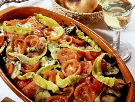 Griechisches Gemüse und Pitabrot