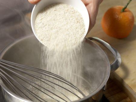Grießbrei mit Mandarine: Zubereitungsschritt 1