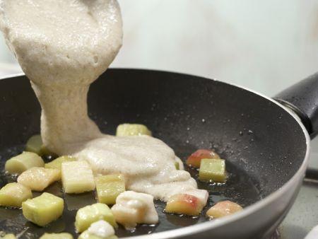 Grießpfannkuchen mit Rhabarber: Zubereitungsschritt 7