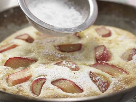 Grießpfannkuchen mit Rhabarber: Zubereitungsschritt 8