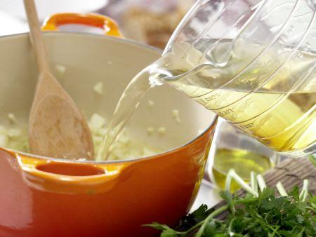 Grüne Kichererbsensuppe: Zubereitungsschritt 2