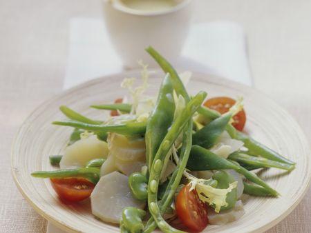 Grüner Bohnensalat mit Topinambur und Cherrytomaten