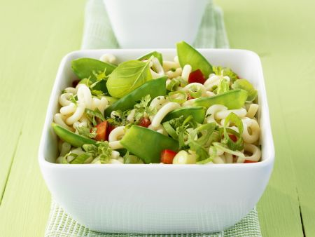 Grüner Nudelsalat