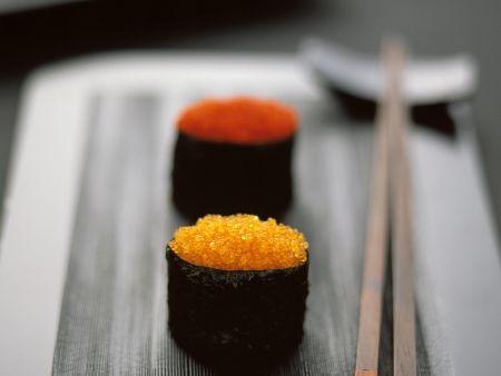 Gunkan Sushi mit Kaviar