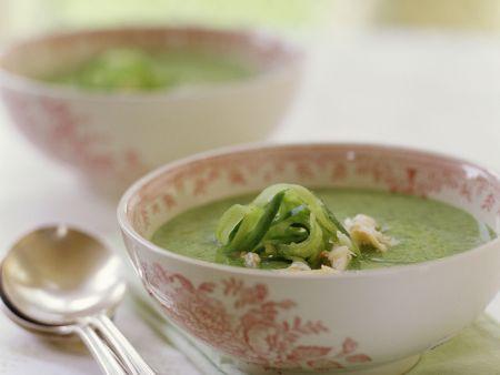 Gurken-Krebsfleisch-Suppe