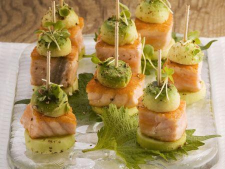 Gurken-Lachs-Häppchen mit Avocado