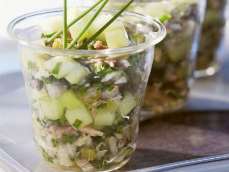 Gurkensalat mit Sardinen und Sardellen