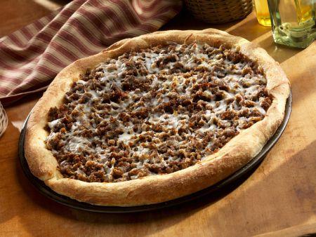 Rezept: Hackfleischpizza mit Käse