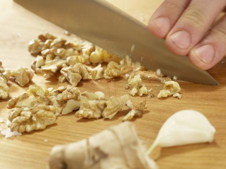 Hähnchen und Brokkoli aus dem Wok: Zubereitungsschritt 3