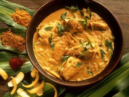 Hähnchen in asiatischer Currysoße