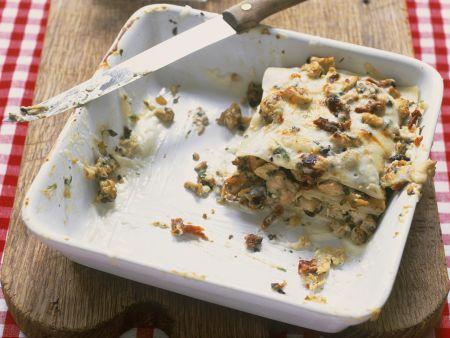 Hähnchen-Lasagne mit Oliven