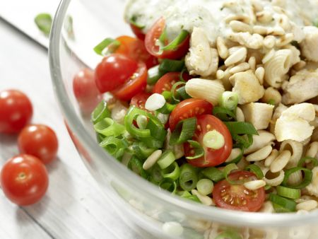 Hähnchen-Nudelsalat: Zubereitungsschritt 7