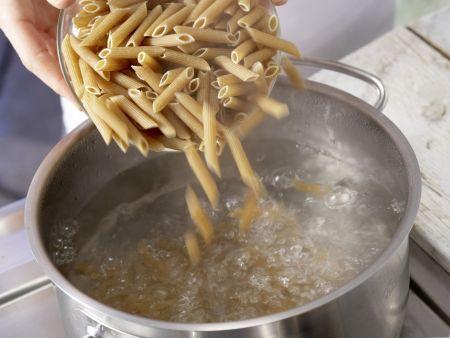 Hähnchen-Pasta: Zubereitungsschritt 5