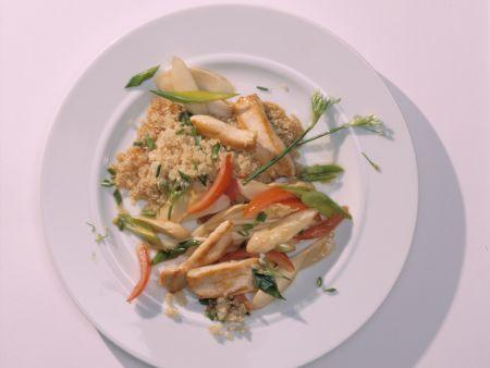 Hähnchen-Pfanne mit Quinoa und Spargel