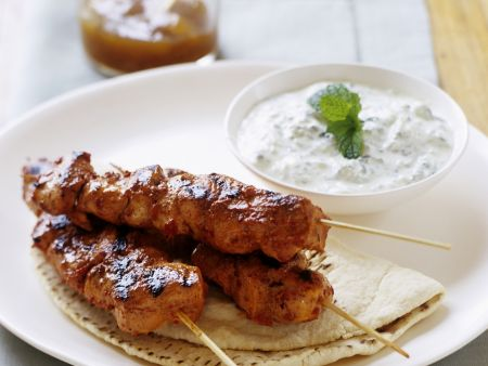 Rezept: Hähnchen-Tandoori mit Gurken-Joghurt (Raita)