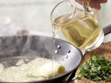 Hähnchenbrustfilet in Folie gegart: Zubereitungsschritt 3