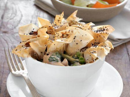 Rezept: Hähnchencurry aus dem Ofen mit Filoteighaube