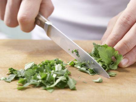 Hähnchenfilet mit Chinakohl: Zubereitungsschritt 10