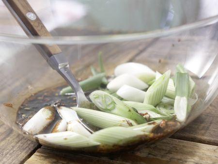 Hähnchenfilet mit Chinakohl: Zubereitungsschritt 2