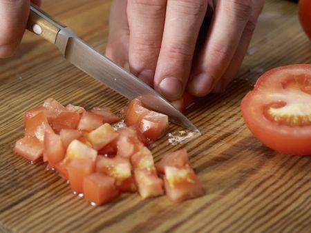 Hähnchenfilet auf Couscoussalat: Zubereitungsschritt 7