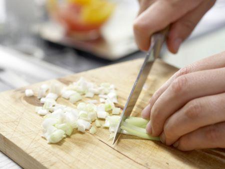 Hähnchenfilet im Mangoldmantel: Zubereitungsschritt 3