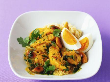 Hähnchenragout mit Ei und Mandeln dazu Couscous