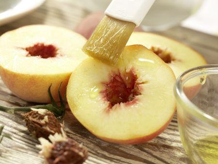 Hähnchensalat mit gegrillten Pfirsichen: Zubereitungsschritt 5