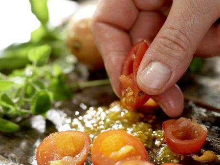 Hähnchenscheiben in Käsepanade: Zubereitungsschritt 1