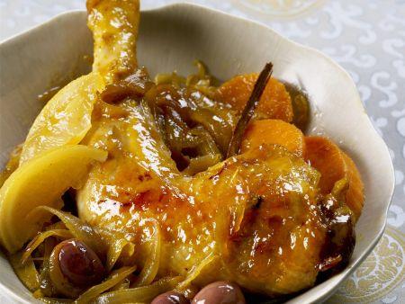 Hähnchenschlegel mit Zitrone, Zwiebeln und Oliven