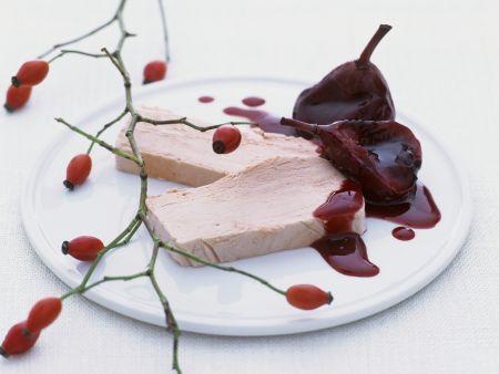 Rezept: Hagebutteneis mit Holunder-Birnen