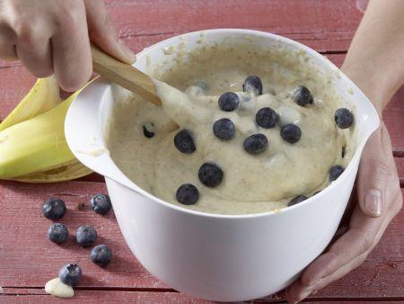 Heidelbeer-Bananen-Muffins: Zubereitungsschritt 4