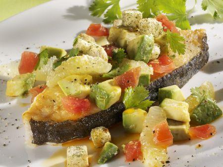 Heilbuttfilet mit Tomaten-Avocado-Salsa