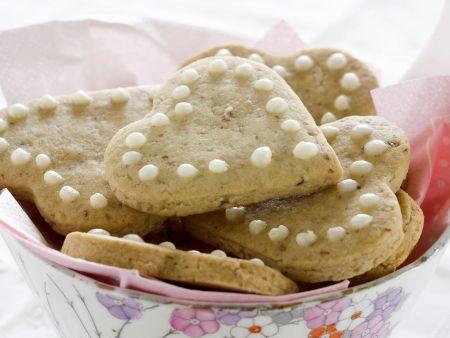 Herz-Kekse mit Pekannüssen